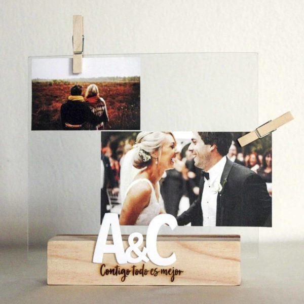 Base para foto de madera grabada con láser con frases para dedicar a la pareja