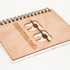 cuaderno personalizado y grabado con láser modelo 005