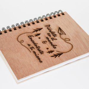 cuaderno personalizado y grabado con láser modelo 008