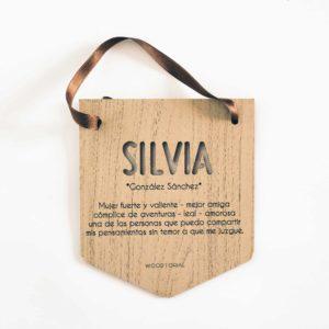 Placa de madera grabada y personalizada con láser modelo 001