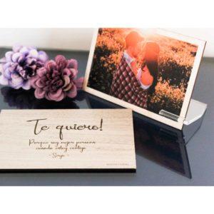 Tarjeta de madera con foto para ella personalizada y grabado con láser