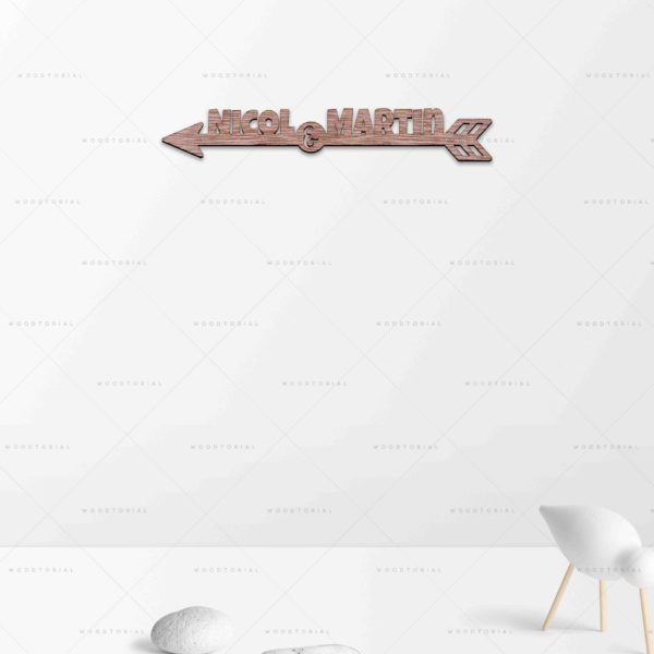 04 06 flecha web pared con objetos