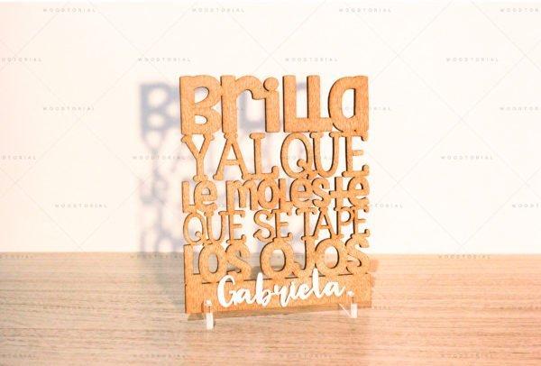 Tarjeta de madera con frase positiva personalizado a láser