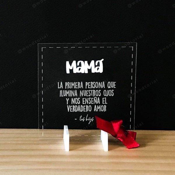 Tarjeta de acrílico grabada con láser con frases para mamá